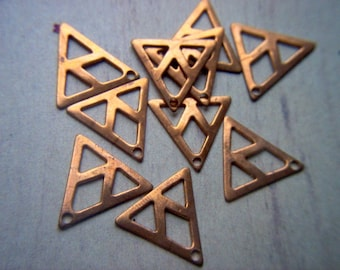 Vintage Copper Triangle Dangles / Finding x 15      # BBB 13