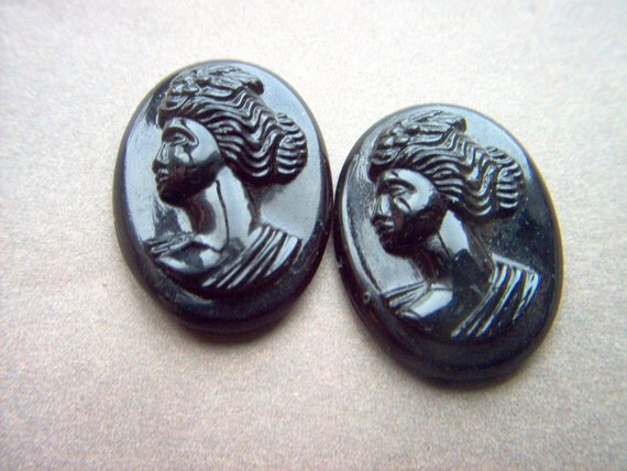 Vintage Black on Black Jet Glass Cameo x 2        #  OO 8