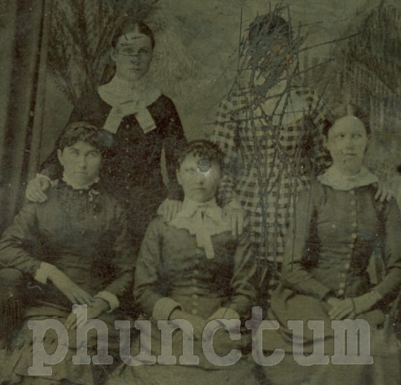 Antique Tintype Photo: The Outsider - Bizarre Group of Women