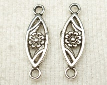 Antique Silver tone Daisy Flower Connector Charms (6) - SF26