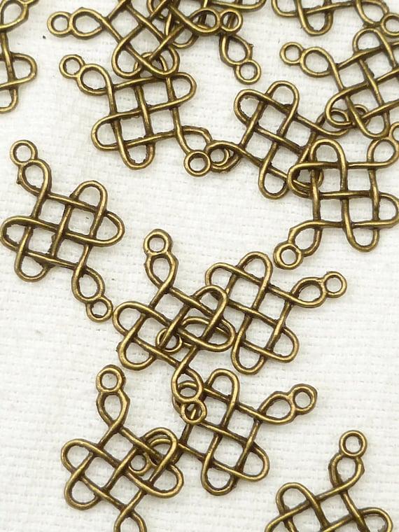 Antiqued Bronze Celtic Knot Design Charm (6) - A20