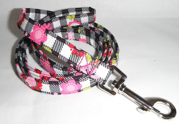 "Dog leash - checkerboard flower print - 5/8"" width"