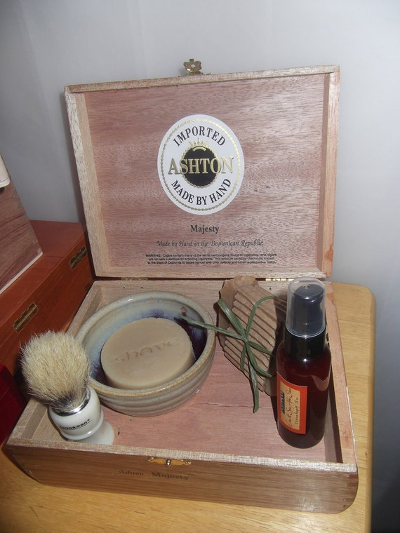 Mens Ultimate Shaving Gift Set -  ECO FRIENDLY - 5 piece set in an upcycled cigar box
