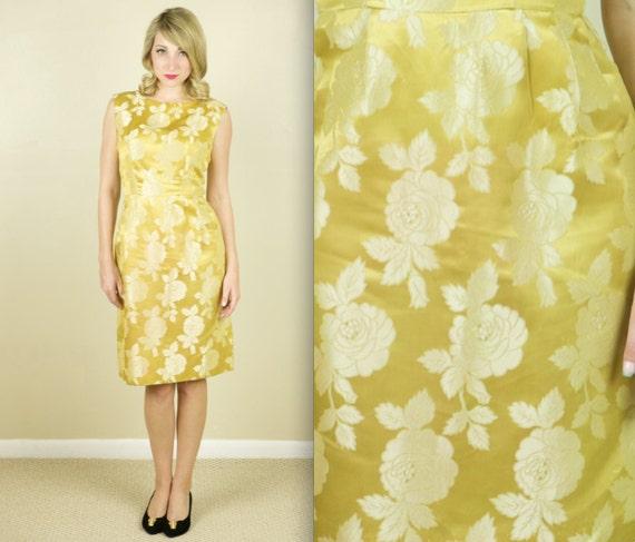 60's Gold Gardenia Cocktail Dress (Medium)
