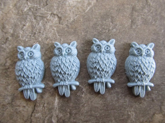 4 Vintage Style Light Blue Green Resin Owl Cabochons 25.5x14x5mm