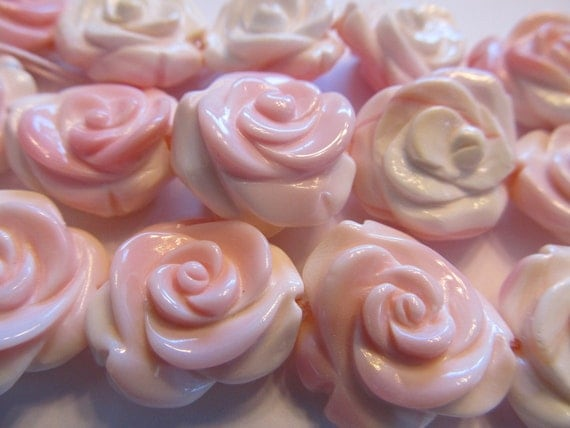 22mm Exquisite Pink Conch Shell Carved Rose, Carved All the Way Around, Pendant Bead, 1 Piece