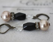 Vintage deco drop earrings rhinestone black blush pearl glass estate