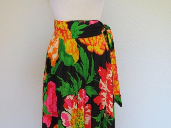 70s maxi skirt size sm-med / Flaming Peony Maxi Skirt