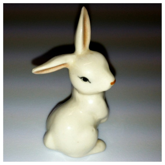 Small porcelain rabbit, mini tiny bunny figurine white rabbit, vintage easter happy rabbit