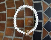 White Glass Pearls and Matte Gold Bead with Crystals Stretch Bracelet