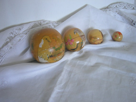 Vintage Chinese Nesting Doll Wood  Balls Hand Painted Lacquer Wood Balls Set of 4 Balls