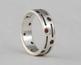 Garnet and sterling silver ring band, size 7 1/4,  #91.