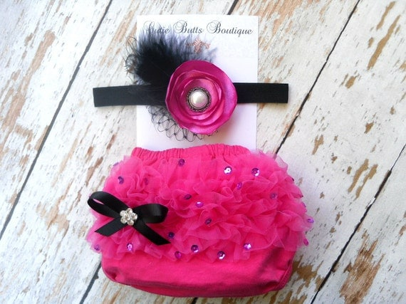 Hot pink Baby Ruffle Bloomer and Shabby headband set .. Baby bloomers .. Ruffle bloomers .. Chiffon Bloomers .. Diaper cover .. Photo prop
