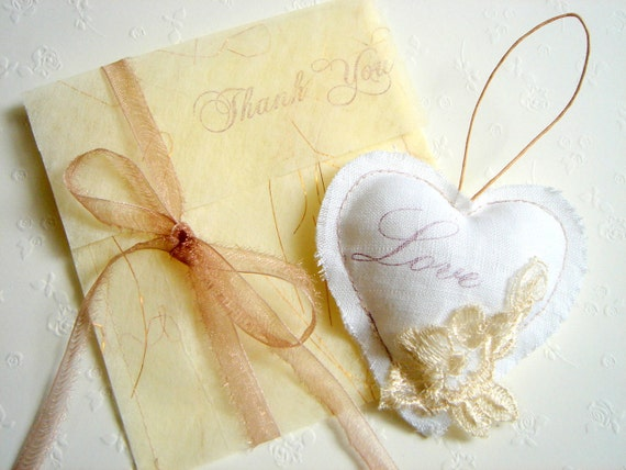 Vintage Favors,Favor Thank you Tags ,Hearts  Favors, Rustic Favors, Shabby Chic Favors,Wedding Favors Bags