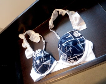 THE RUFFLE ALLIANCE Push-Up: Push-Up Bra with Star Wars Navy Block Pattern Fabric and White Ruffled Straps
