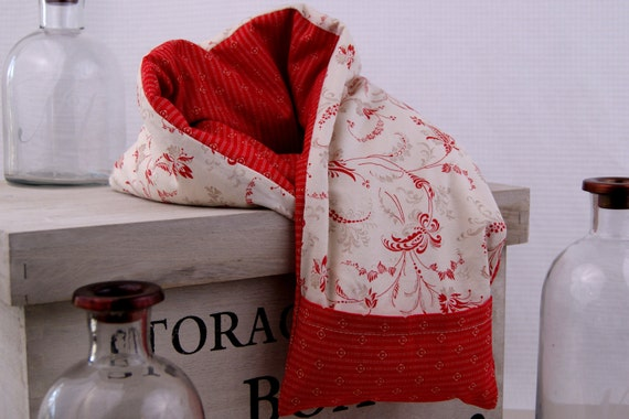 """Neck Kozi """"Essence"""" - Microwavable corn bag with washable cover. Heat pad & cold pack. Red - White - Traditional - Floral"""