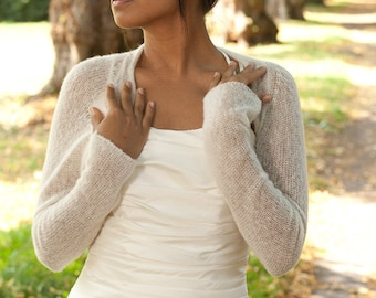 Bridal Shrug knitted of soft skin friendly wool for your wedding dress or for your evening dress in white, off white, ivory ...
