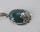 green agate silver pendant  jewelry making materials. REF-673