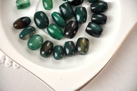 green agate  20 pcs  (semiprecious stone)  jewelry making materials, REF-120