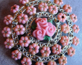 Charming Vintage Round Pink Multi Rose Brooch, 1960s.