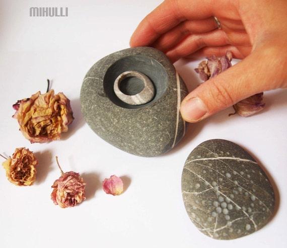 wedding ring box - ring box - jewelry bowl - stoneware - original hand made bowl/box for your secret