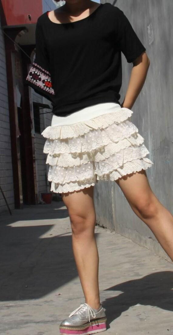 Lace shorts Base skirt  Shorts  Cake short  Divided skirts beige skirt shorts