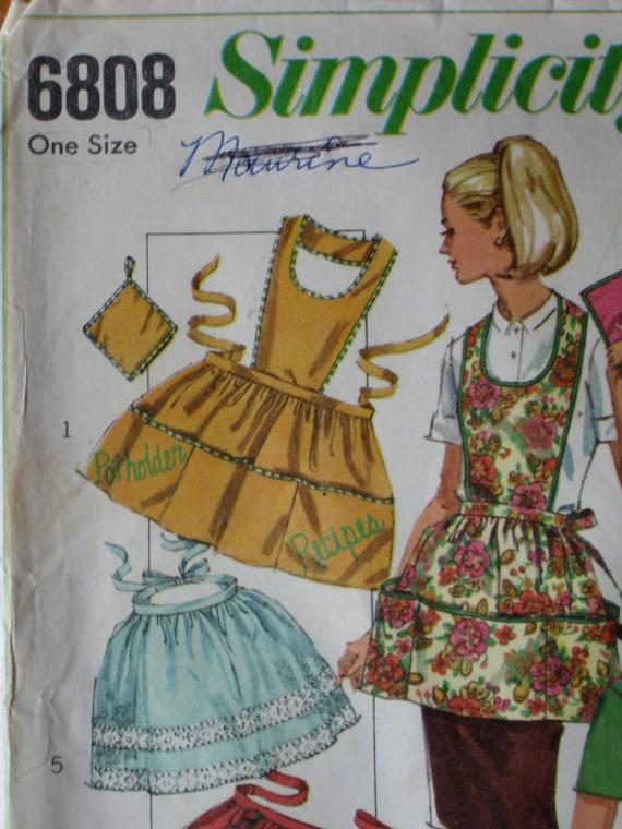 Vintage 1966 Simplicity 6808 Apron Pattern