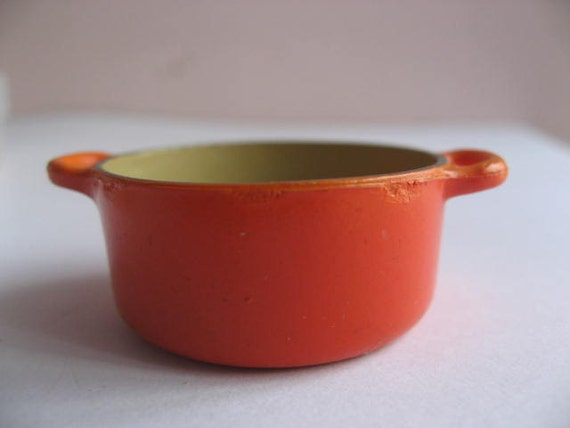 miniature cooking pan