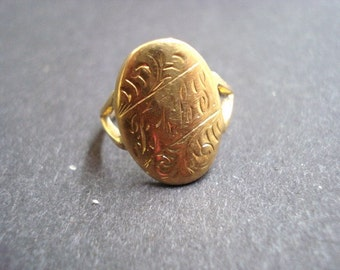 Lovely Victorian Signet Monogram Ring 14k Gold Small Size Ring Lovely Design Perfect Gift