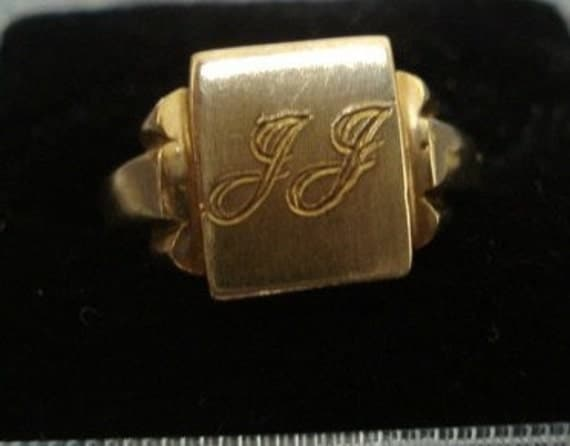 Antique Signet Ring - Monogram Ring  - Vintage - 10k Gold