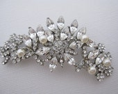 Wedding Brooches Wedding jewelry brooches Bridal jewelry Brooches Wedding brooch pins Bridal brooches Wedding dress brooches Bridal sash