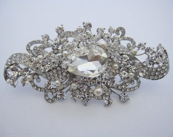 Pearl wedding brooch,rhinestone pearl bridal brooch,wedding hair  accessories,wedding comb,bridal hair comb,bridal comb,bridesmaid gift,