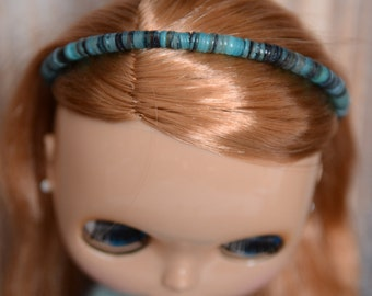 Simple green and blue shell beaded headband for Blythe