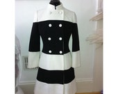 Super mod suit - dress and coat - contrasting design - contrasted stripes - black and white