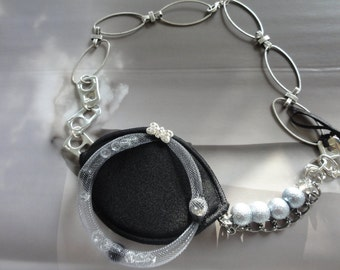 necklace Evaëlle - black,silver,grey with beads and rhinestones