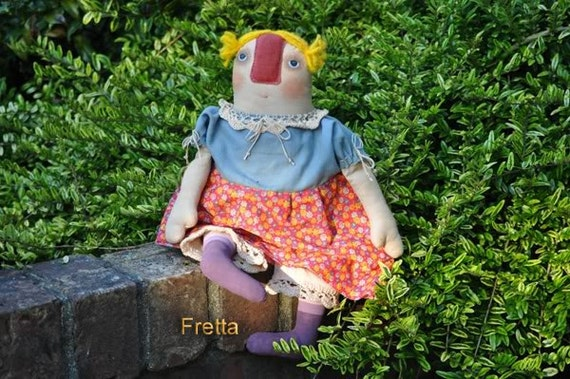 Peggy, a good and patient Listener. OOAK Folk, Primitive art doll.