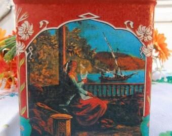Tea box IS GOLDEN The original Indian tea