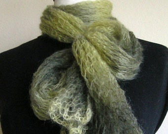 Lacy Green Wrap