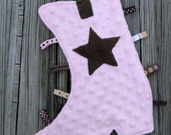 Cozy Cowgirl Pink Boot Snugglie