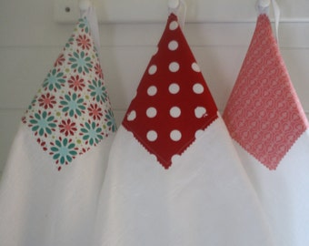 Flour Sack Towels- Merry Trio of Retro Inspired, Apple of My Eye, Cottage Style, Mothers Day Gift, Spring Cleaning