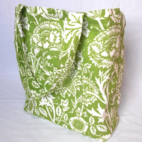 The perfect shopping bag - large tote bag - green wild flowers