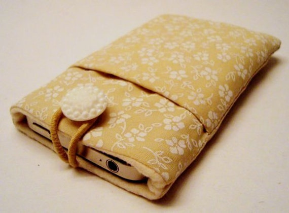 iPhone 5 sleeve, iPhone case, iPhone cozy, iPhone cover, cell phone cover, iPod cover in beige and white flowery fabric