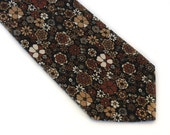 Mod daisy flowers necktie in autumn colors mod tie fall flower power daisy neck tie 70s necktie mens necktie beige rust brown necktie