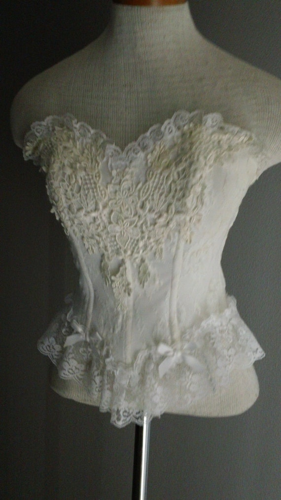 80s Stretch Lace Buster Top