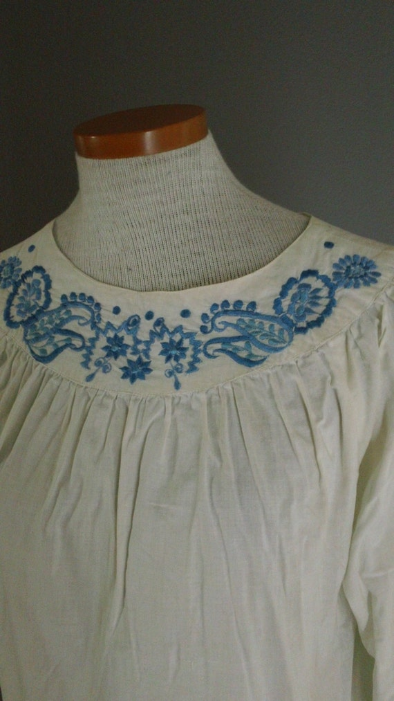 Vintage Ethnic Embroidered Peasant Blouse