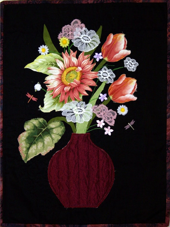 Applique Quilted Floral Wallhanging