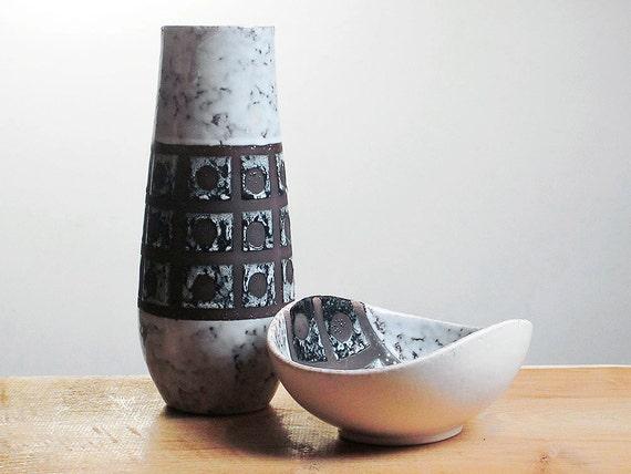 RESERVED - Mid century modern pottery set - vase and a bowl by VEB Haldensleben (East Germany)