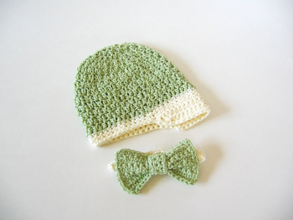 Crochet Baby Hat and Bow Tie, Sage Green and Cream Newsboy Cap, Organic Cotton, Preemie or Newborn, Photo Prop