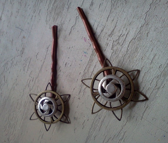 Steampunk Star Flower Bobby Pins