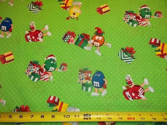 """M & M CANDIES - Christmas Design """"New"""" 1/2  Yard Piece - 100% Cotton really cute fabric"""